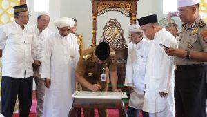 Gubernur Kalsel Resmikan Masjid Al- Yaqin Sungai Jingah
